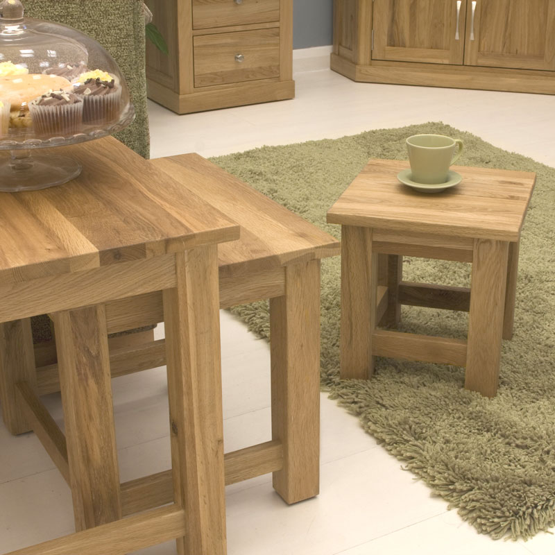 Mobel oak nest of 3 coffee tables for Mobel asia style