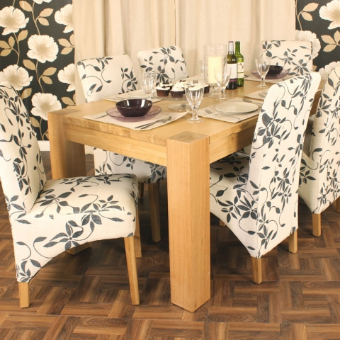 Aston Oak Dining Table