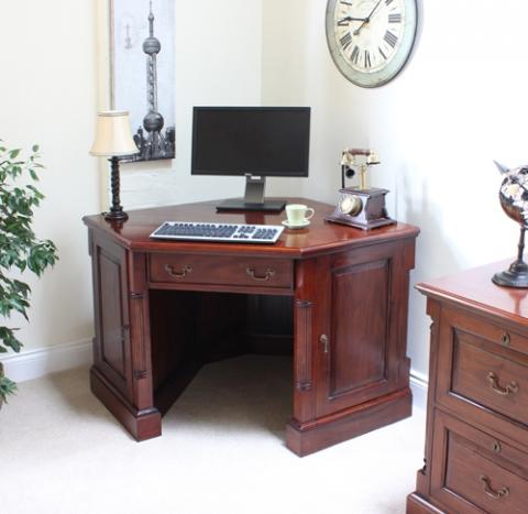 La Roque Corner Desk