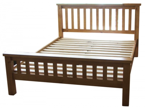 Chunky Pine Bed