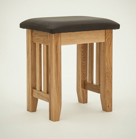 Hereford Rustic Oak Stool