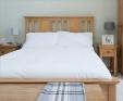 Hereford Rustic Oak Bed