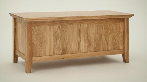 Hereford Rustic Oak Blanket Box