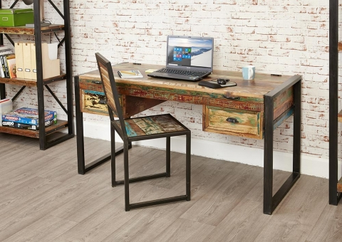 Urban Chic Table